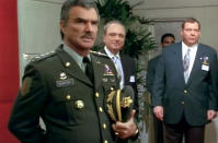 <p>Reynolds appeared onscreen as General Newton in the 1997 movie. (Photo: TM & © Universal) </p>
