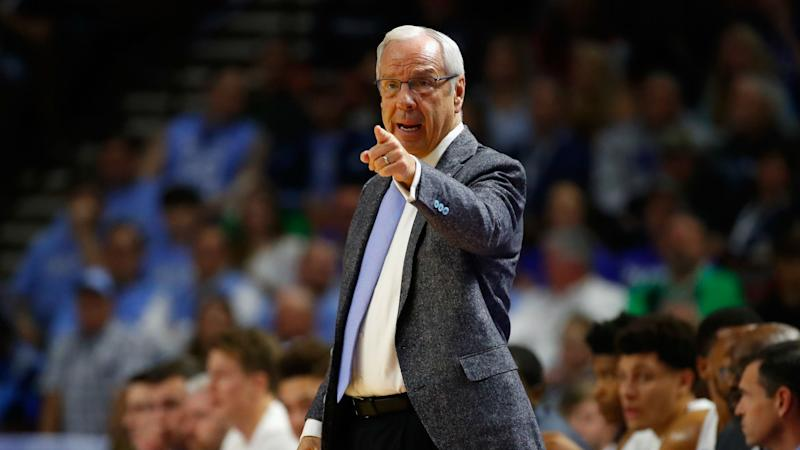 NCAA Final Four: UNC's Roy Williams in awkward position to pass mentor Dean Smith with championship