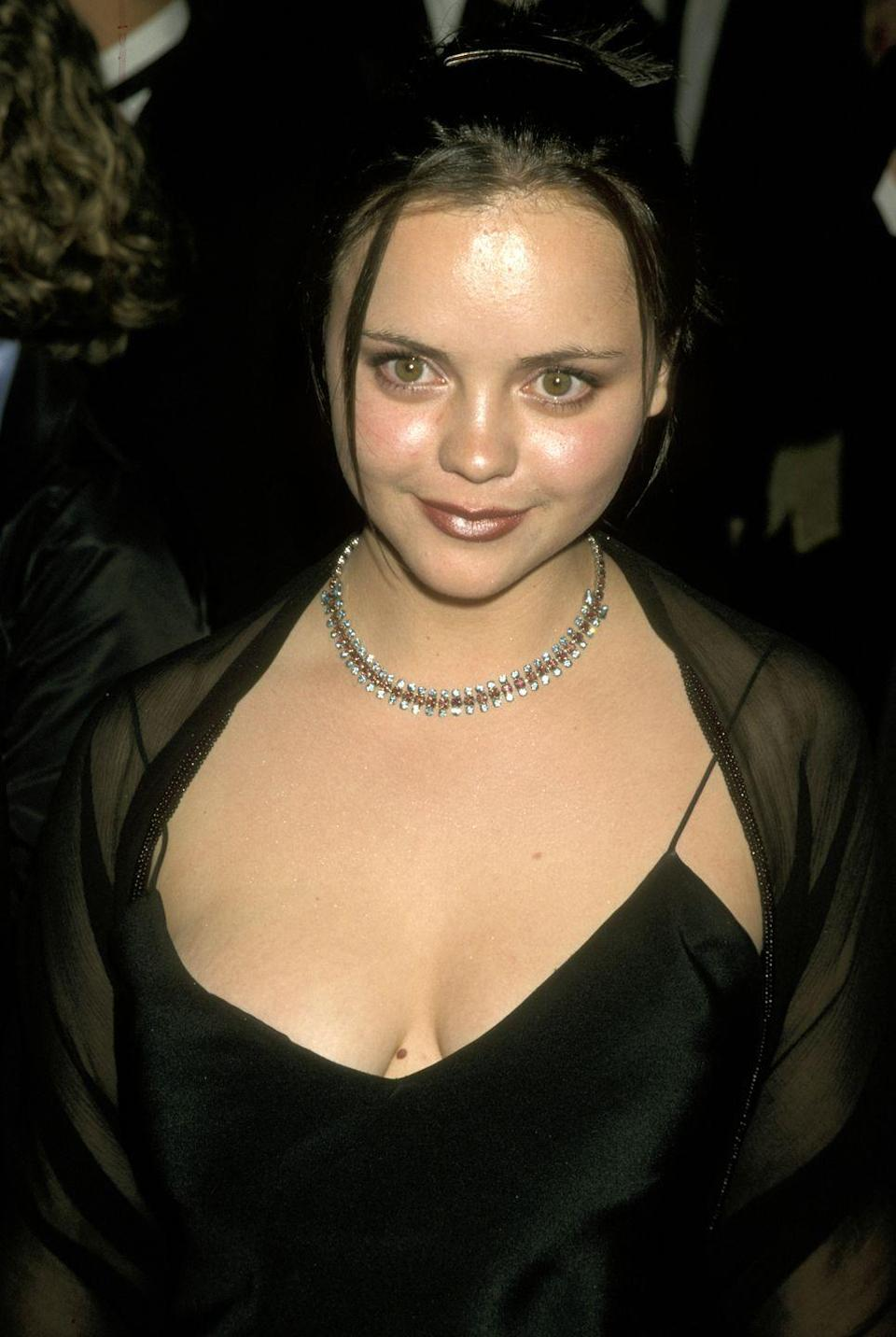 <p>There may not be an official name for this style, but everyone in the '90s was guilty of it: Two tiny strands, just lingering at the front of the face.</p>