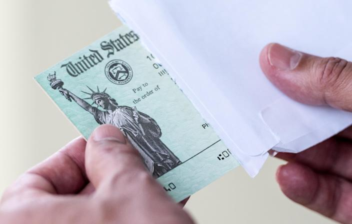 An estimated 1.4 million Americans are owed more than $1.5 billion in unclaimed refunds from 2016, which works out to a median amount of $861. (Photo: Getty Creative)