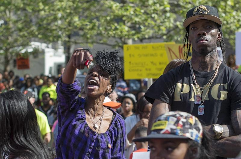 A demonstrator screams during a protest in front of City Hall in Baltimore, Maryland, May 2, 2015 (AFP Photo/Jim Watson)