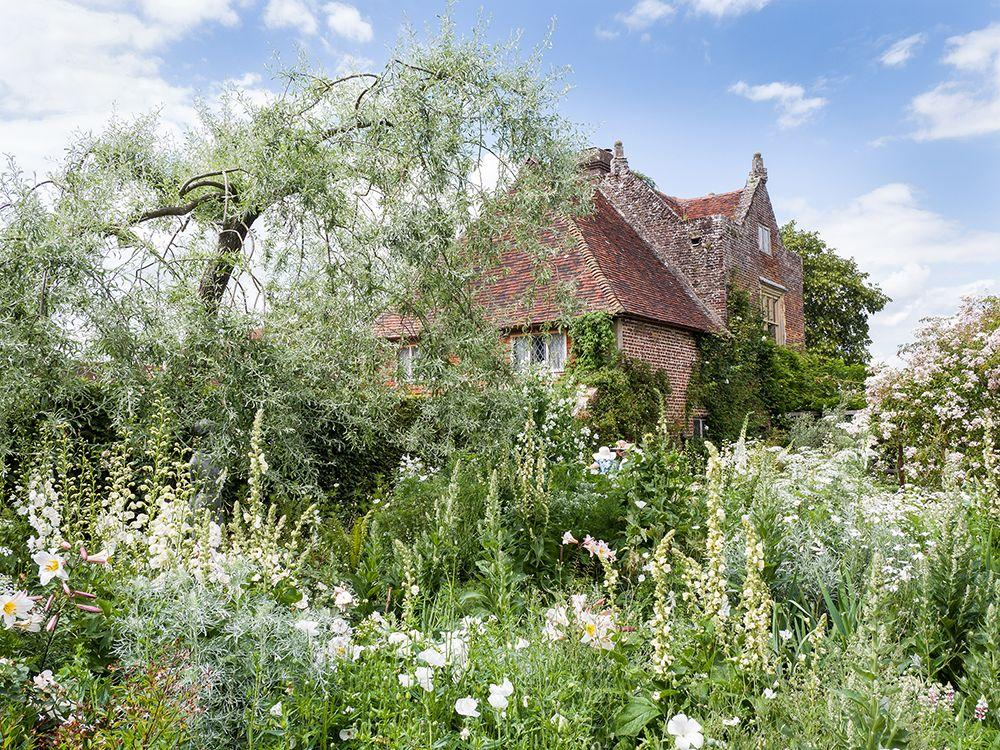 """<p>One of the most celebrated English gardens, <a href=""""https://www.countryliving.com/uk/travel-ideas/staycation-uk/a28769167/sissinghurst-castle-garden/"""" target=""""_blank"""">Sissinghurst Castle Garden</a> is a joy to explore. Designed by poet Vita Sackville-West and Harold Nicolson who moved here in 1930, the gardens were completely transformed from a space to grow vegetables for farm workers to the series of 'rooms' filled with various planting schemes.</p><p><a href=""""https://hearst.emsecure.net/optiext/optiextension.dll?ID=y_jDCaPbyImyFVbTi1DMxK1yfwd7sOFyLGxxCLidtiIoCrUcJSfRHA0xBElP5oheisGyYFunG1%2BFyC"""" target=""""_blank""""></a>The bold and bright Cottage Garden with its hot colours and the White Garden, which has inspired countless imitations, are just two of the garden's highlights. You'll also want to check out the fiery reds and yellows of the South Cottage garden.</p><p><strong>How to visit</strong></p><p>Experience an exclusive after-hours dinner and drinks at Sissinghurst in June 2021, when you'll be joined by garden designer Sarah Raven during Country Living's short break in Kent and Sussex.</p><p><a class=""""body-btn-link"""" href=""""https://www.countrylivingholidays.com/tours/kent-sussex-gardens-sarah-raven-perch-hill-sissinghurst"""" target=""""_blank"""">FIND OUT MORE</a></p>"""
