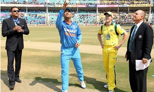 Dhoni and Bailey