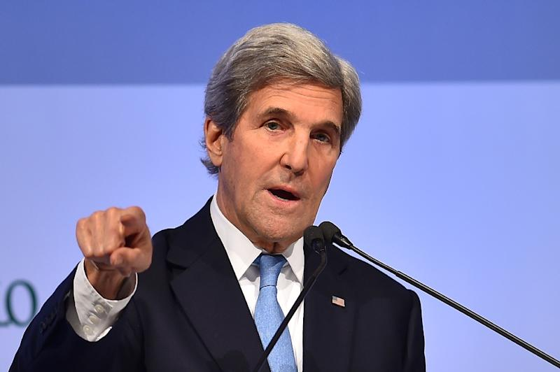 US Secretary of State John Kerry warns that Israeli settlement building was undermining any hope of an agreement to allow two states to live side-by-side