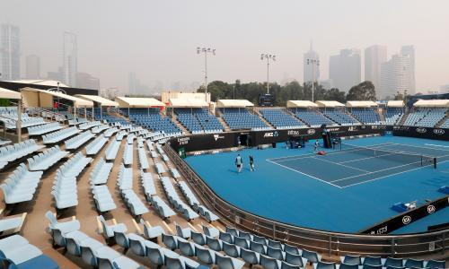 Smoke plays havoc with tennis as Australian Open qualifier suffers coughing fit