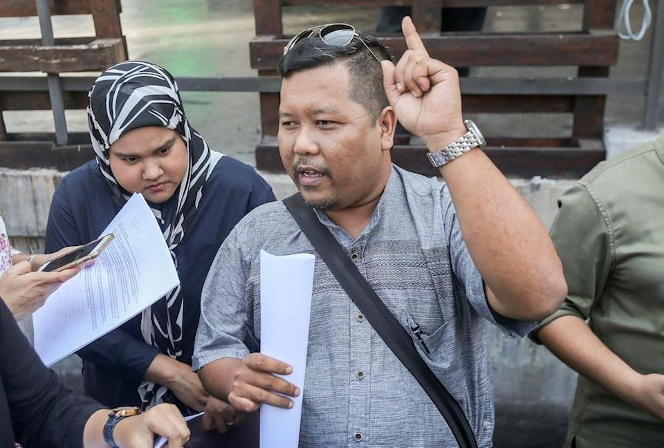 Syed Razif Syed Rabii, a PPBM member from Lumut division, speaks to reporters in Ipoh October 16, 2019. — Picture by Farhan Najib