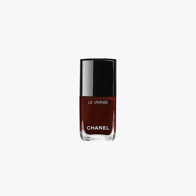 "<p>Chanel Le Vernis in Rouge Noir, $28</p> <p><a rel=""nofollow"" href=""http://shop-links.co/1585626444354648442?mbid=synd_yahoolife"">Buy it now</a></p>"