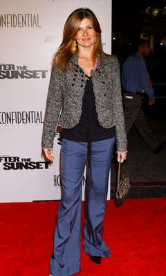 Premiere: Connie Britton at the Hollywood premiere of New Line Cinema's After the Sunset - 11/4/2004