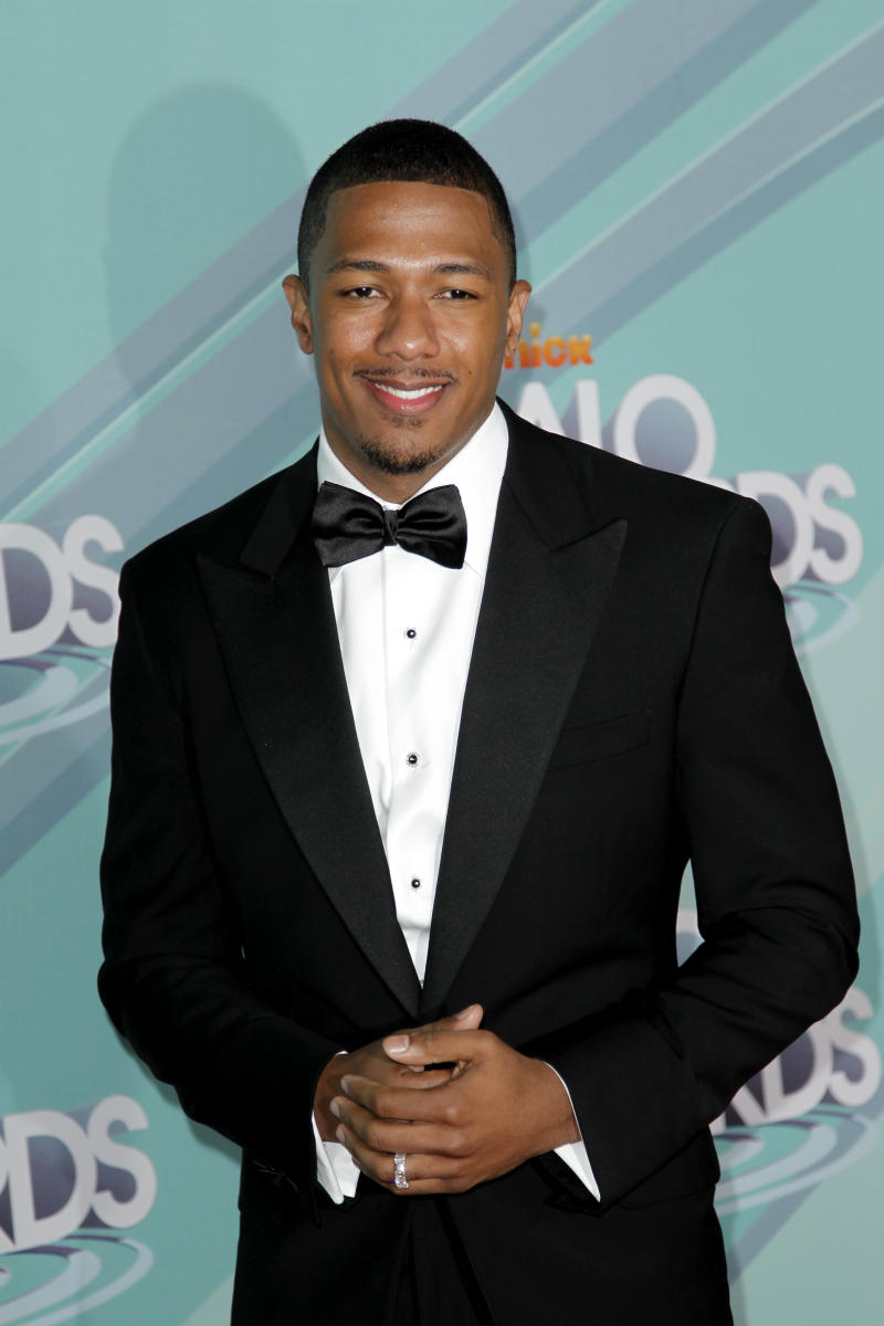 """FILE - In this Oct. 26, 2011 photo, Nick Cannon arrives at the third annual TeenNick HALO awards in Los Angeles,  Cannon is spending the first week of the new year in the hospital, with wife Mariah Carey by his side.  Carey tweeted that Cannon is suffering from """"mild kidney failure."""" His rep confirmed his hospitalization Wednesday. He is in Aspen, Colo., where the two were vacationing.  Cannon is 31. His rep had no further information about his condition but said he is still hospitalized.   (AP Photo/Matt Sayles)"""