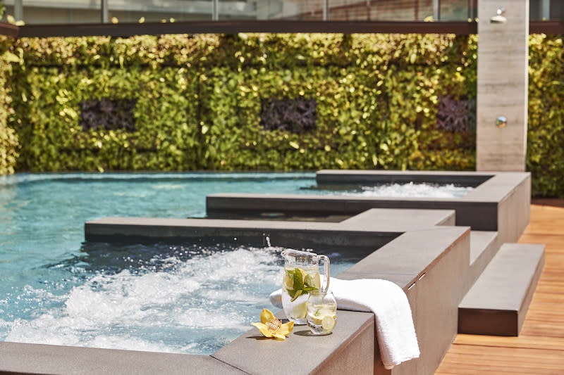 Saltwater relaxation pool. Photo: The Capitol Kempinski Hotel Singapore