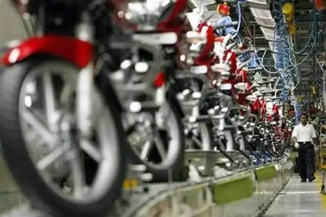 Two-wheeler makers feel EV switchover by 2025 impractical (Representative image)