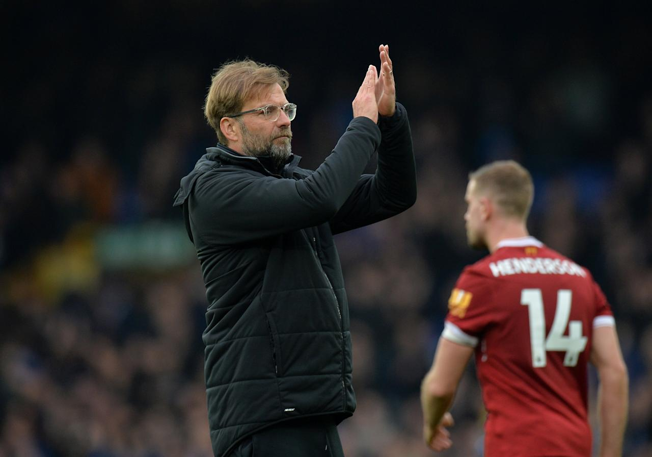 <p>iverpool manager Juergen Klopp applauds fans after the match </p>