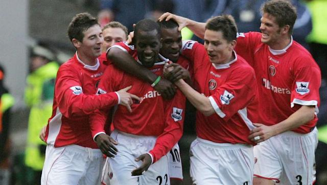 <p>Chelsea were the reigning champions heading into the 2005/06 Premier League season. </p> <br><p>However, despite winning their opening game of the new season, they couldn't better Charlton's result. The Addicks travelled to Sunderland for their opening game and won 3-1 thanks to Darren Bent's double and Danny Murphy getting on the score sheet, leaving them top of the league after the first gameweek. </p> <br><p>Although their stint at the top of the league didn't stretch beyond the opening week, they actually went on to win their first four games of the season. Despite their fast start, Charlton would eventually go on to finish 13th in the league.</p>