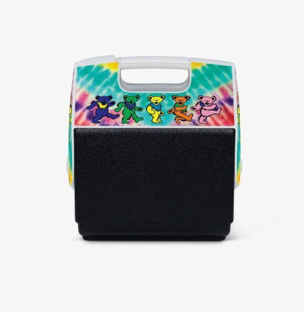 """<p><strong>Igloo</strong></p><p>igloocoolers.com</p><p><strong>$39.99</strong></p><p><a href=""""https://go.redirectingat.com?id=74968X1596630&url=https%3A%2F%2Fwww.igloocoolers.com%2Fproducts%2Fgrateful-dead-cooler&sref=https%3A%2F%2Fwww.esquire.com%2Flifestyle%2Fg23013003%2Fbest-gifts-for-husband-ideas%2F"""" rel=""""nofollow noopener"""" target=""""_blank"""" data-ylk=""""slk:Buy"""" class=""""link rapid-noclick-resp"""">Buy</a></p><p>There's not a lifelong fan of rock alive—Deadhead or otherwise—who'd pass up this cooler. Igloo x Grateful Dead is not a collab we'd except, but one we still celebrate.</p>"""