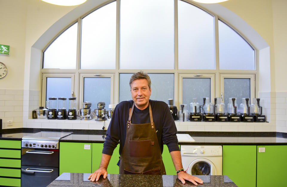 John Torode launches his new book My Kind Of Food at the Central Street Cookery School, London. PRESS ASSOCIATION Photo. Picture date: Thursday September 10, 2015. Photo credit should read: Ian West/PA Wire