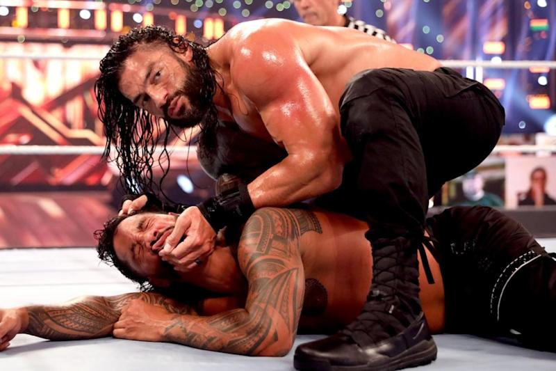 WWE Clash of Champions Results: Roman Reigns Retains Title after Terribly Beating Cousin Jey Uso