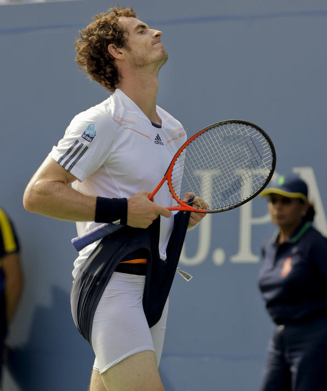 Britain's Andy Murray reacts while playing against Czech Republic's Tomas Berdych during a semifinal match at the 2012 US Open tennis tournament, Saturday, Sept. 8, 2012, in New York. (AP Photo/Mike Groll)