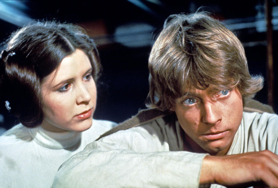 Carrie Fisher and Mark Hamill as Skywalker siblings Luke and Leia in 'A New Hope' (Photo: Everett Collection)