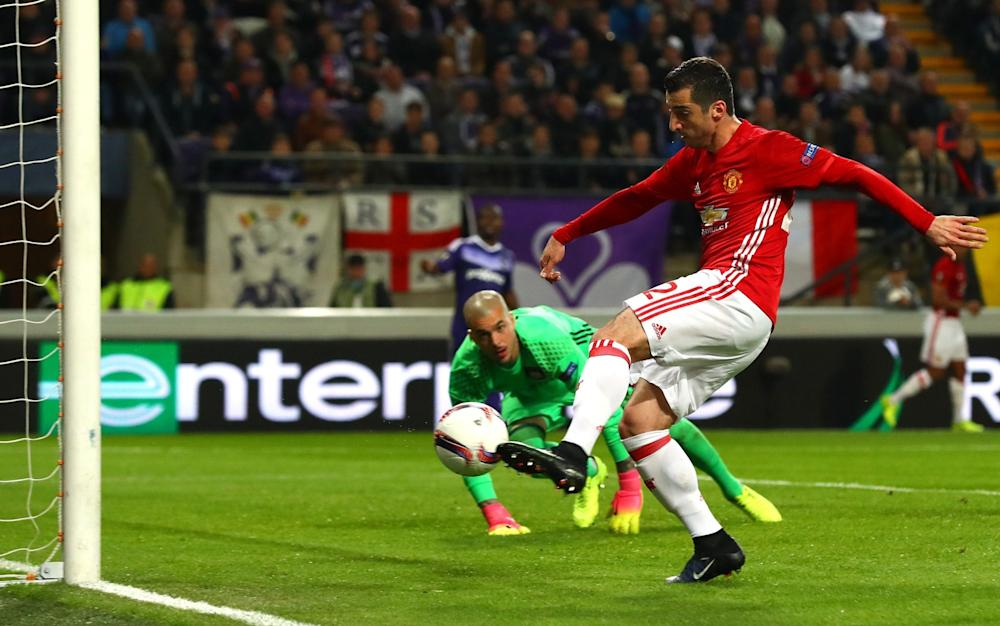 Henrikh Mkhitaryan puts United 1-0 up - Credit: Clive Rose/Getty Images