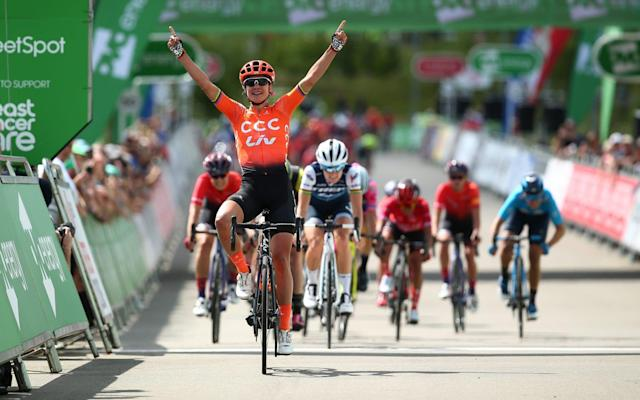 Marianne Vos emerged on top at the end of a bunch sprint - Velo