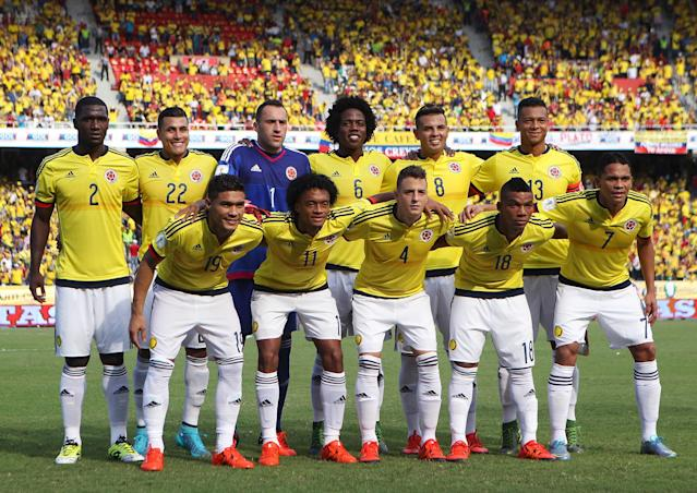 FILE PHOTO: Colombia's soccer players pose for their team picture before their 2018 World Cup qualifying soccer match against Peru at the Roberto Melendez Stadium in Barranquilla, Colombia, October 8, 2015. REUTERS/John Vizcaino/File Photo