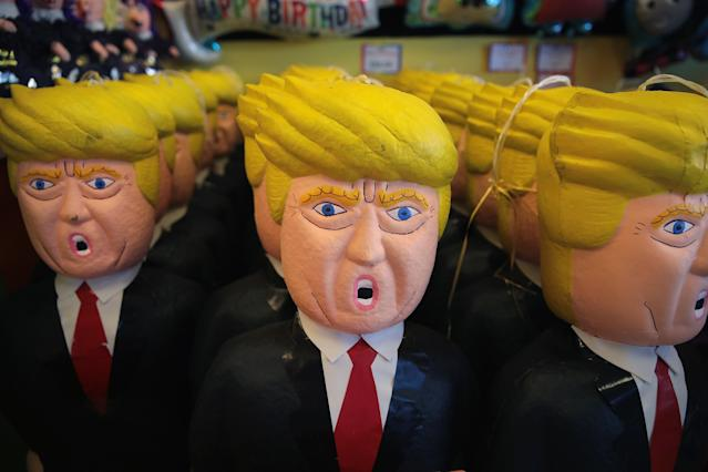 Donald Trump piñatas for sale in Chicago. (Photo: Scott Olson/Getty Images)