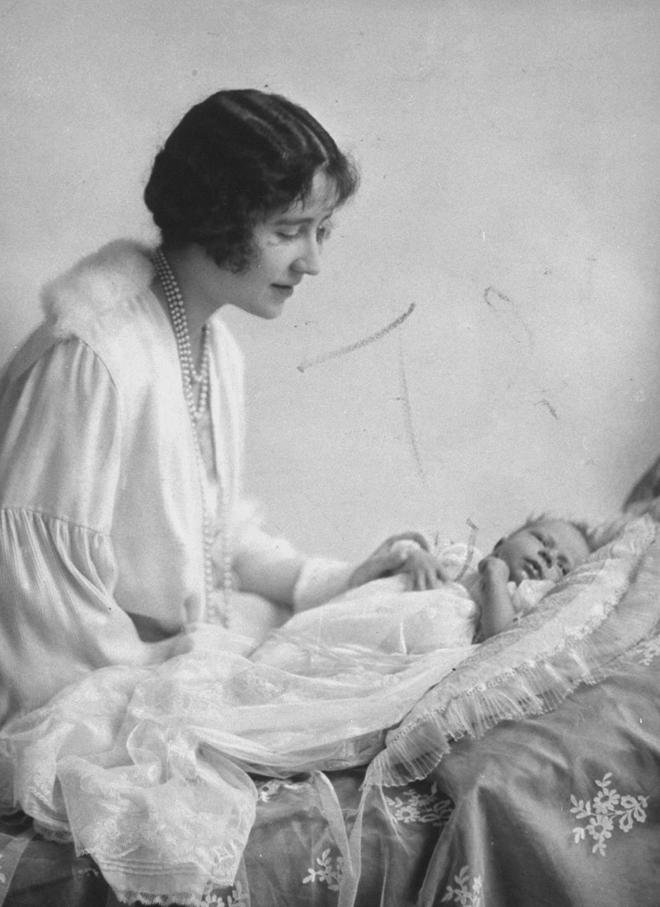 Portrait of Duchess of York (future Queen Mother) w. newborn daughter Princess Elizabeth  (Photo by Time Life Pictures/Pictures Inc./The LIFE Picture Collection via Getty Images)