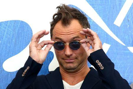 """Actor Jude Law attends the photocall for the movie """"The Young Pope"""" at the 73rd Venice Film Festival in Venice, Italy September 3, 2016.  REUTERS/Alessandro Bianchi"""