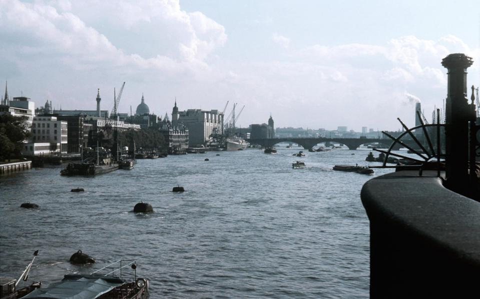 LONDON - SEPTEMBER 3: A view of the River Thames on September 3, 1963 in London, England. (Photo by Ponzini Family/Getty Images)  - Getty