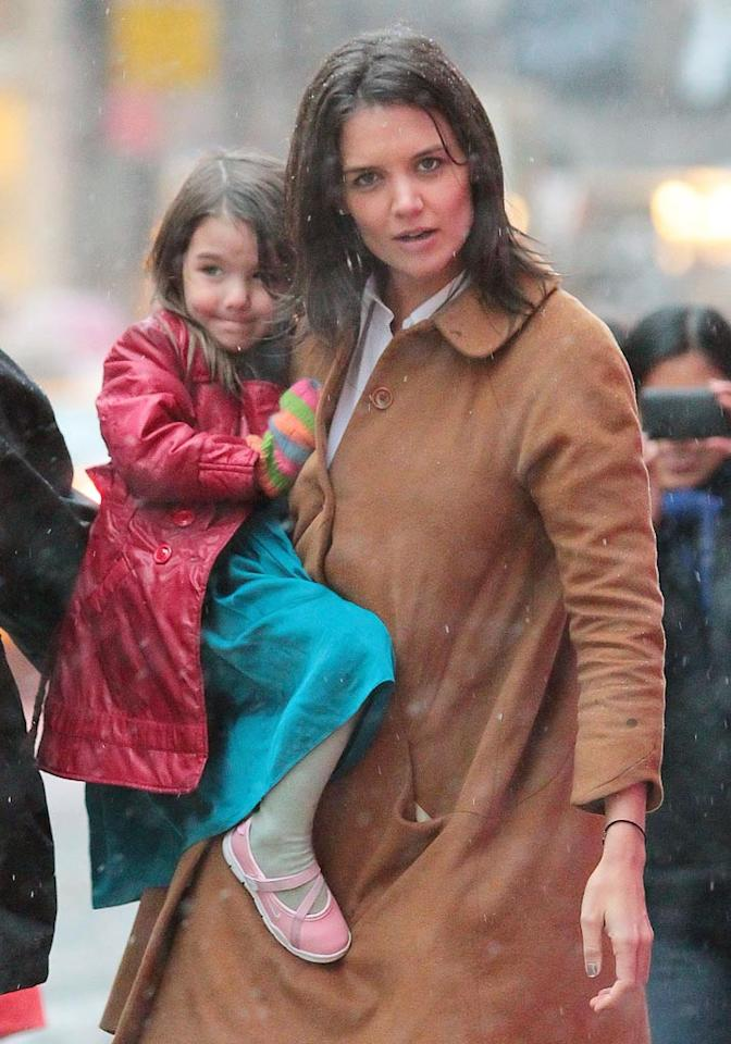 """Princess Suri? <i>Star</i> magazine claims Tom Cruise and Katie Holmes' 3-year-old daughter was given a $25,000 diamond tiara to go with a lifestyle fit for royalty -- a personal shopper, a chef on call, and a $100,000 planned play castle. So is little Suri really enjoying some days of plunder? <a href=""""http://www.gossipcop.com/tab-wrong-about-tom-cruise-and-katie-holmes-tab-for-suri/"""">Gossip Cop</a> has the real story. Jackson Lee/<a href=""""http://www.splashnewsonline.com"""" target=""""new"""">Splash News</a> - February 11, 2010"""