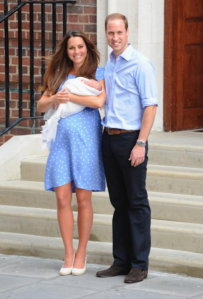 <p>Kate Middleton and Prince William were the picture of happiness in 2013, when they stepped out onto the steps of the Lindo Wing with Prince George in their arms. (Photo: Getty Images) </p>