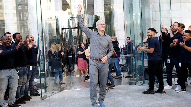 Apple CEO Tim Cook hits billionaire status