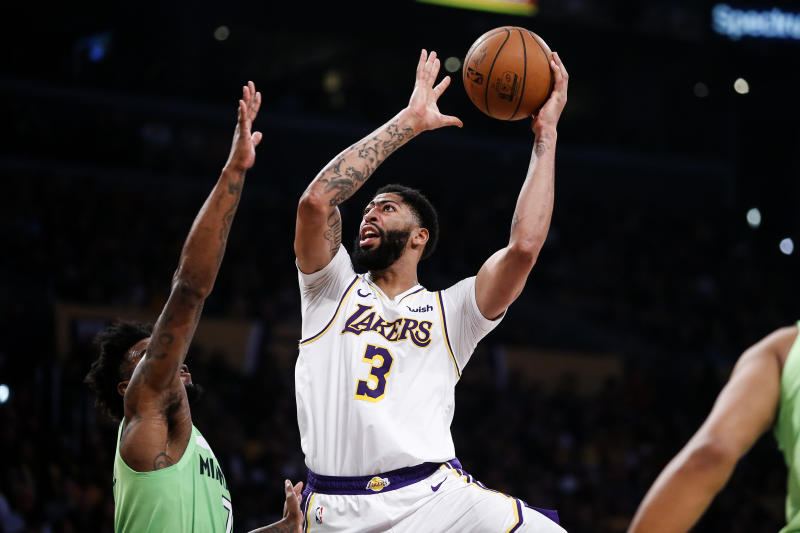 Anthony Davis dropped 50 points while shooting 20-of-29 from the field to lead the Lakers past the Timberwolves on Sunday night. (AP/Ringo H.W. Chiu)