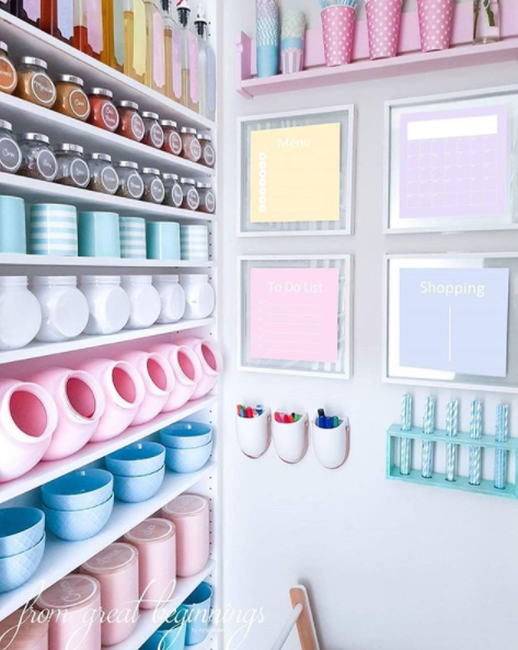 Everything in Iryna's pastel pantry matches perfectly. Photo: Instagram/irynafederico