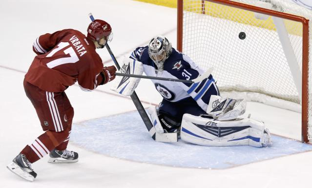 Paul Maurice back with Jets next season; alas, so is Ondrej Pavelec