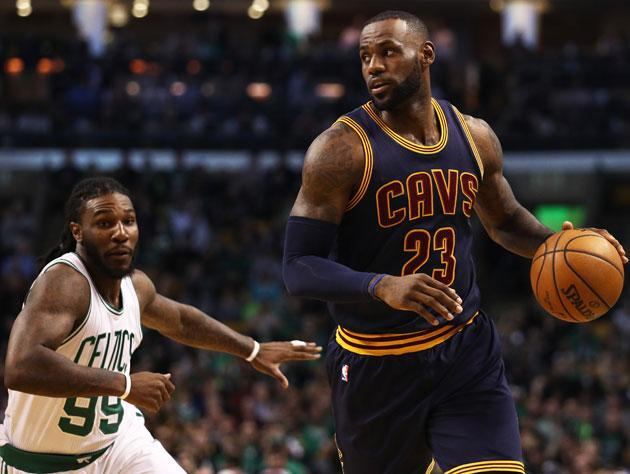 "LeBron James drives past <a class=""link rapid-noclick-resp"" href=""/nba/players/5068/"" data-ylk=""slk:Jae Crowder"">Jae Crowder</a>. (Getty Images)"