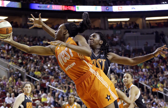 "The WNBPA opted out of the CBA on Thursday behind President <a class=""link rapid-noclick-resp"" href=""/wnba/players/4884/"" data-ylk=""slk:Nneka Ogwumike"">Nneka Ogwumike</a>. (AP Photo/Elaine Thompson, File)"