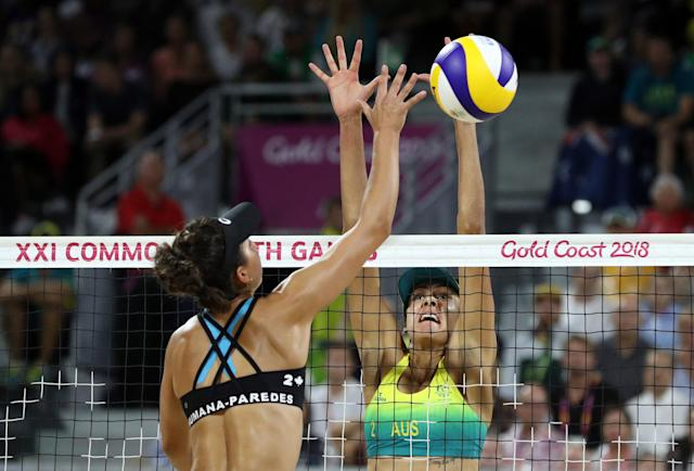 Beach Volleyball - Gold Coast 2018 Commonwealth Games - Women's Gold Medal Match - Australia v Canada - Coolangatta Beachfront - Gold Coast, Australia - April 12, 2018. Melissa Humana-Paredes of Canada in action with Taliqua Clancy of Australia. REUTERS/Athit Perawongmetha