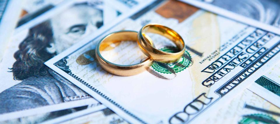 Divorce Can Mean More Debt and a Lower Credit Score, Survey Finds