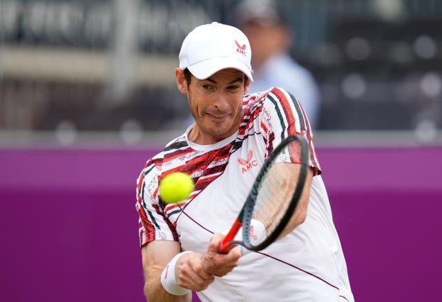 Andy Murray won his first singles match since March at Queen's Club