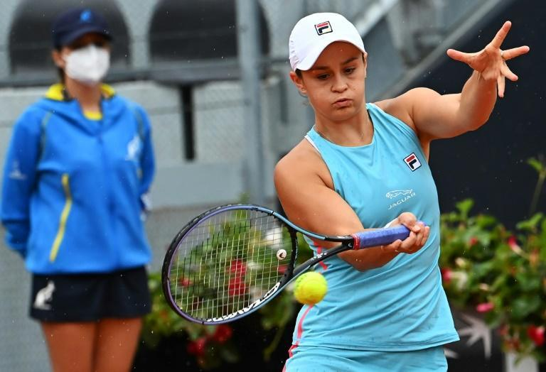 Australia's Ashleigh Barty suffered a recurring right arm problem.