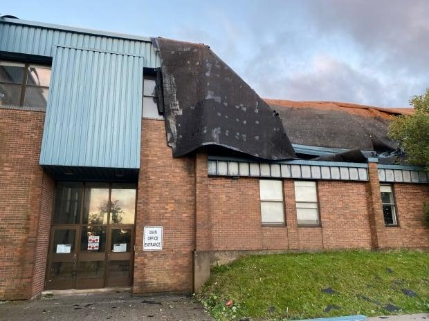 Mary Queen of Peace Elementary School on Torbay Road in St. John's suffered significant damage to its roof Saturday morning. (John Gushue/CBC - image credit)
