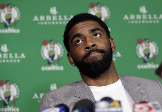 "<a class=""link rapid-noclick-resp"" href=""/nba/players/4840/"" data-ylk=""slk:Kyrie Irving"">Kyrie Irving</a> told reporters that it doesn't make any sense to sign a long-term deal with the <a class=""link rapid-noclick-resp"" href=""/nba/teams/bos"" data-ylk=""slk:Celtics"">Celtics</a> this summer, and he's right. (AP)"