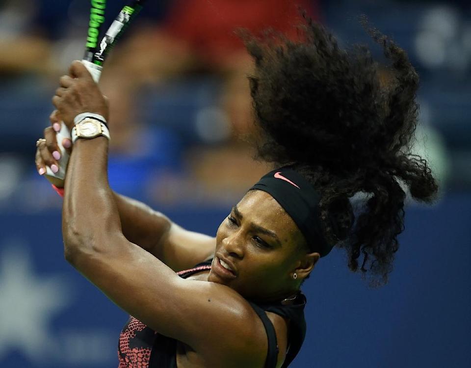 Serena Williams teturns to Vitalia Diatchenko during their US Open match on August 31, 2015 in New York (AFP Photo/Don Emmert)