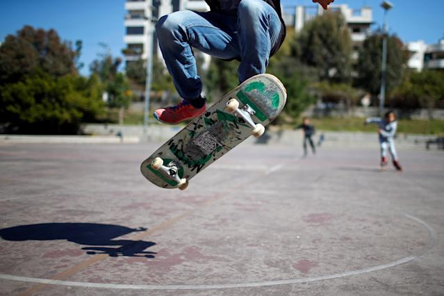 Palestinian Mohammad Al-Sawalhe, 23, a member of Gaza Skating Team, practices his skating skills in Gaza City March 10, 2019. Picture taken March 10, 2019. REUTERS/Mohammed Salem