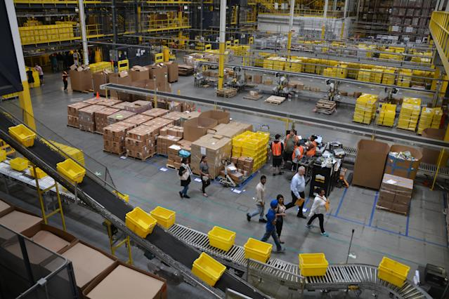 Applicants were shown around the multi-level, 1.2 million-square-foot warehouse. Currently, about 4,500 employees and 5,000 robots work in the facility. (Krystal Hu/Yahoo Finance)
