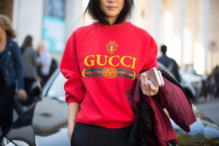 How to wear logos with true style for Gucci t shirts online india