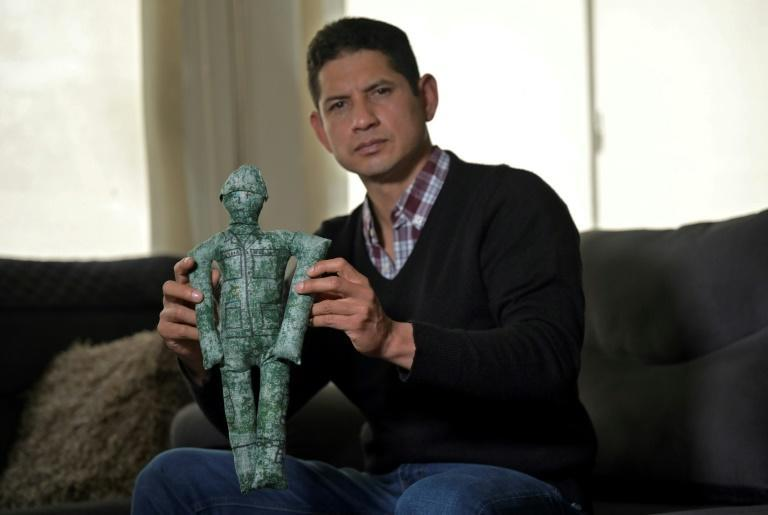 Kidnapped by FARC guerillas in 2007 and held hostage for nearly four years, police major Guillermo Solorzano found comfort in a doll he fashioned from rags and baptized Rodolfito