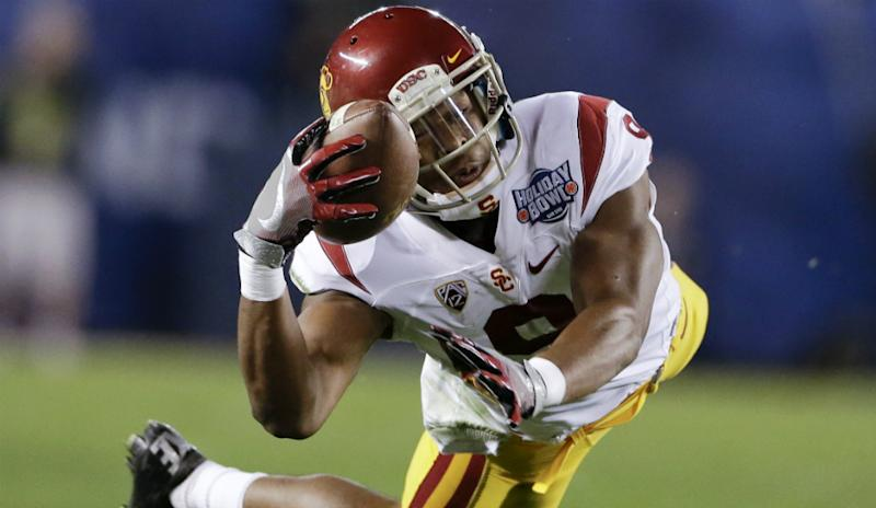 In Philadelphia Eagles News, USC's JuJu Smith-Schuster worked with Carson Wentz at the combine.