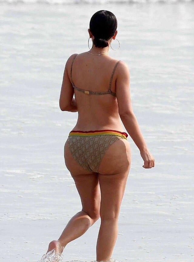 <p>Unfortunately for Kim, not everyone has been so kind towards her beach body. But the mom-of-two isn't taking the criticism to heart, hitting out on Twitter with one super-sassy statement… <i>(Photo:Twitter/@PixieTenenbaum). </i></p>